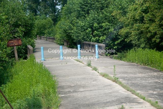 2009_05_28-dmz-96.jpg